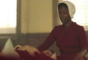 the-handmaids-tale-recap-season-1-episode-4-moira